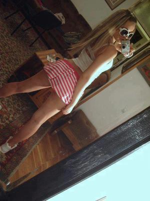 Wendie from Idaho is looking for adult webcam chat