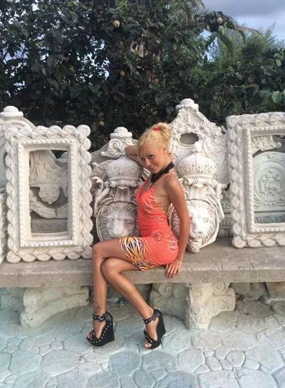 Otilia from Missouri is interested in nsa sex with a nice, young man