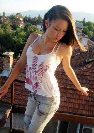 Edda from  is looking for adult webcam chat